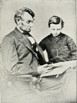 14781510951_28ac287358_abraham-lincoln-and-tad